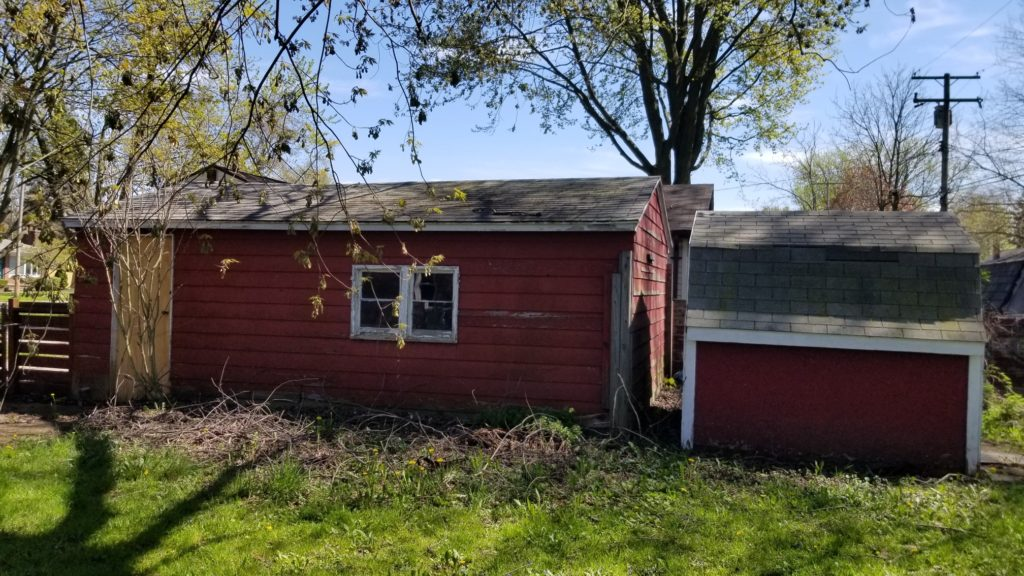 Before Pictures of Roof/Siding/Deck in Marysville, MI