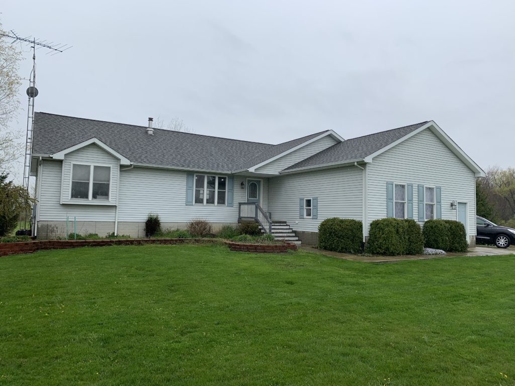 Before Pictures of Siding Metal Roof in Imlay City, MI